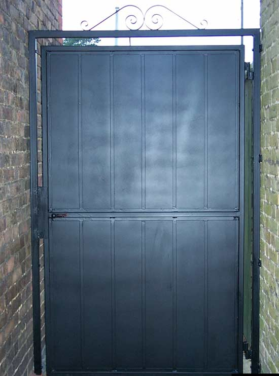 Forge tenterden kent solid security gate